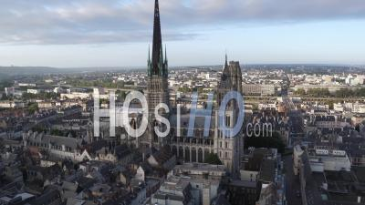 Rouen Aerial Videos, photos by drone and timelapses of Rouen from above