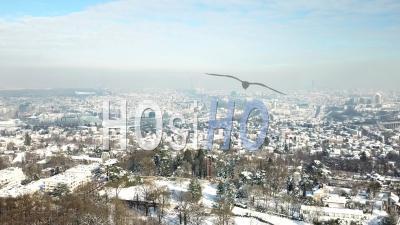 Paysage Urbain De Paris, Sous La Neige, Vu De L'hélicoptère