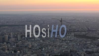 Vue De La Tour Eiffel Et Du Trocadéro, Par Hélicoptère