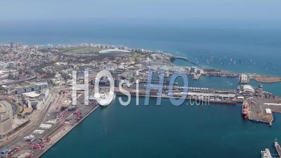 Cape Town Et V Et Un Front De Mer Filmé Par Hélicoptère