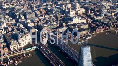 La Tamise Du Pont Blackfriars Au Pont De Londres Filmée En Hélicoptère
