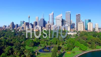 Belle Vue Aérienne De Sydney Skyline De Royal Botanic Garden, Australie - Vidéo Drone
