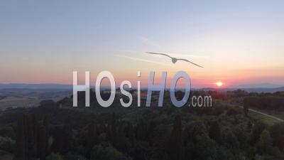 Campagne Toscane Et Collines Au Printemps, Vue Aérienne.Italie - Vidéo Drone
