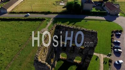 Temple De Janus Ruine De L'ancien Temple De La Gaule à Autun En Bourgogne France - Vidéo Drone