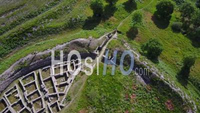 Vue Aérienne Du Pèlerinage Castro De Castromaior Camino De Saint-Jacques-De-Compostelle Espagne - Vidéo Drone