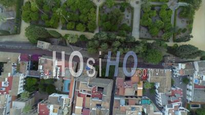Vertical De La Ville Historique De Séville En Espagne - Vidéo Drone