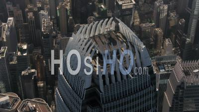 Hong Kong Volant Autour De Deux Centres Financiers Internationaux. - Vidéo Drone