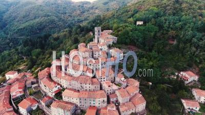 Images Aériennes Du Village De Buggiano En Toscane, Italie - Vidéo Drone
