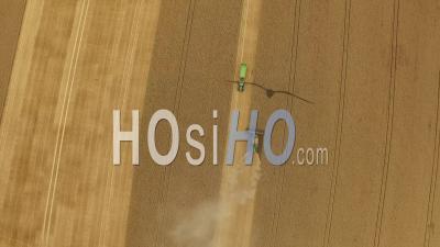 Wheat Harvest Hyde Farm Maidenhead Royaume-Uni - Vidéo Drone