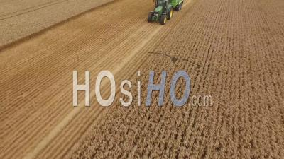 Wheat Harvest Hyde Farm Maidenhead Royaume-Uni - Vidéo Drone