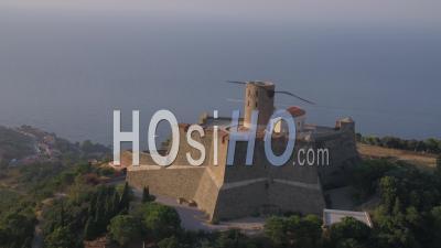 Fort-Saint-Elme, Collioure - Video Drone Footage