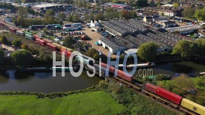 Trains De Marchandises à Ely Filmés Par Drone Du Point De Vue