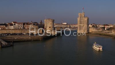 La Rochelle Vieux-Port Towers - Video Drone Footage