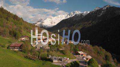 Village De Peisey-Nancroix - Vidéo Drone