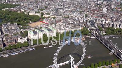 Charing Cross, Westminster, Palais De Buckingham, Londres Filmé Par Hélicoptère