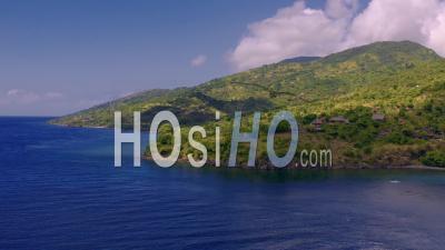 Côte Est De Bali Au Loin - Vidéo Drone