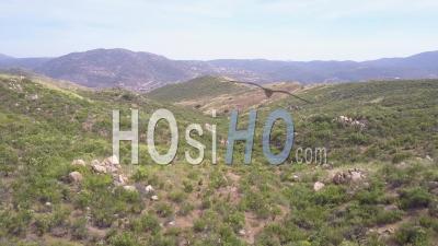 Vue Aérienne Révèle La Barrière De Mur Frontière Entre Les États-Unis Et Le Mexique - Vidéo Drone