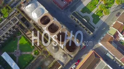 Vue Aérienne Sur La Ville Coloniale D'amérique Centrale D'antigua, Guatemala - Vidéo Drone