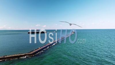 Vue Aérienne Sur Le Ferry-Boat Ss Badger Voyageant Sur Le Lac Michigan - Vidéo Drone
