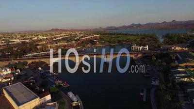 Vue Aérienne Sur Le Pont De Londres à Lake Havasu, Arizona - Vidéo Drone