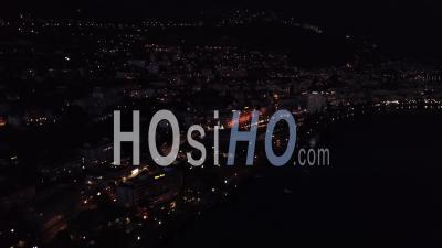 Lumières De Montreux Sur Le Lac Léman De Nuit - Vidéo Drone