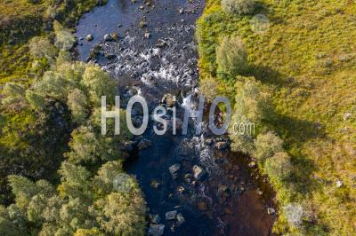 Aerial Top Down View Over Moriston River At Early Autumn In The Highlands Of Scotland - Aerial Photography