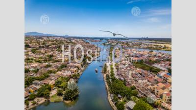 Aerial Panoramic View Of The Ancient Town Of Hoi An - Drone Point Of View - Photographie Aérienne