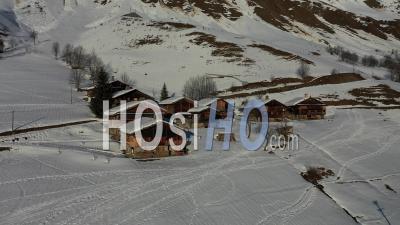 Chalets De Montagne En Haute-Savoie - Vidéo Drone