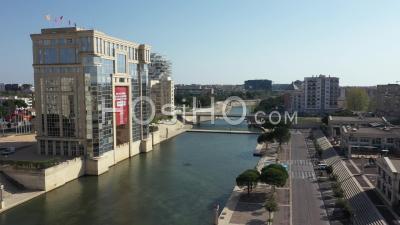 Vue Aérienne De Port Marianne, Pendant Covid-19 à Montpellier - Vidéo Par Drone