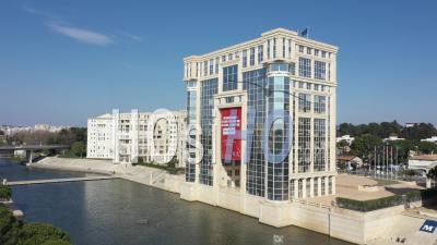 Vue Aérienne De L'hôtel Du Quartier De Montpellier, Pendant Covid-19 - Vidéo Drone