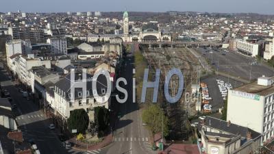 Avenue Générale De Gaule, Gare, Pendant Le Confinement Covid-19 - Vidéo Par Drone