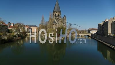 Ville Vide De Metz Pendant Le Confinement En Raison De Covid-19 - Temple Neuf - Vidéo Drone