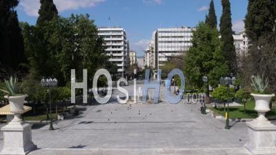 La Place Syndagma, Confinement Dans Le Centre-Ville D'athènes, Grèce
