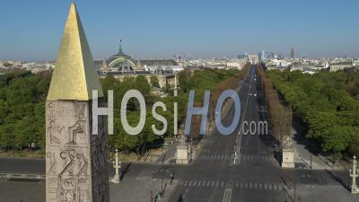 Paris Aerial Videos, photos by drone and timelapses of Paris from above