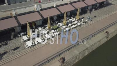 Vue Aérienne De La Ville De Bordeaux, Unesco, Quais De Bordeaux Aménagés Le Long De La Garonne, Quai Bacalan - Vidéo Par Drone