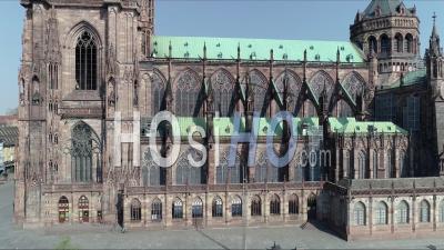 Strasbourg Under Contmentment Due à Covid-19, Découverte De La Cathédrale - Vidéo Drone
