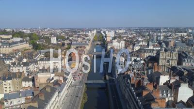 Empty Quai Chateaubriand And The River Vilaine Of Rennes City At Day16 Of Covid-19 Outbreak, France - Video Drone Footage