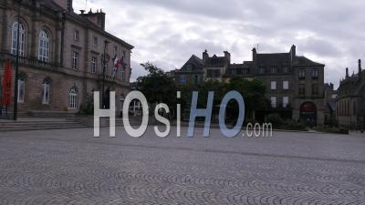 Lieu Vide En Face De L'hôtel De Ville, Quimper, Finistère, Bretagne, France
