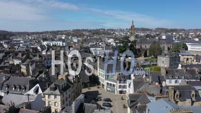 Vue Aérienne De Landerneau Pendant Le Confinement - Vidéo Par Drone