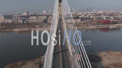 Varsovie, Ville Confinée Pendant La Pandémie Covid-19 - Vidéo Par Drone