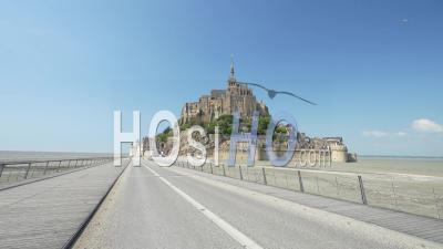 Pont Vers Le Mont Saint Michel Pendant Le Confinement
