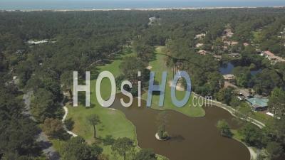 Vue Aérienne Du Golf Et De L'étang De Seignosse - Vidéos De Drones Vidéo