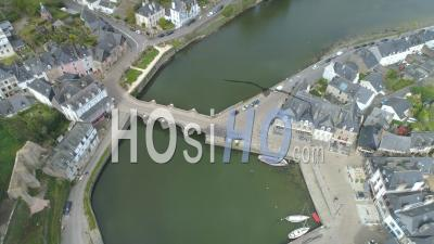 Port De Saint-Goustan Of Auray At Day 19 Of Covid-19 Lockdown - Video Drone Footage