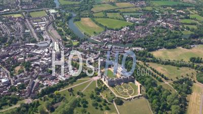 Château De Windsor, Windsor Et Eton, Berkshire, Filmé Par Hélicoptère