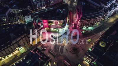 Vue Aérienne De Londres Au Royaume-Uni, Piccadilly Circus, Royaume-Uni - Vidéo Par Drone