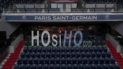 Stade Du Parc Des Princes à Paris - Vidéo Prise Par Drone
