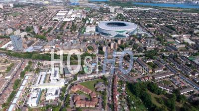 Stade De Football De Tottenham, Londres, Filmé Par Hélicoptère