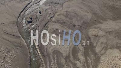 Embouchure Du Torrent Se Jettant Dans Le Lac De Serre-Ponçon, Vidéo Drone