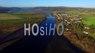 Aerial View Of Bonar Bridge Sutherland Ecosse, Royaume-Uni - Video Drone Footage