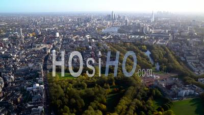 Mayfair, Buckingham Palace, And St James's Park, Looking Towards River Thames London, Filmed By Helicopter